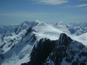 Snow covered mountains of Southern Alps, NZ